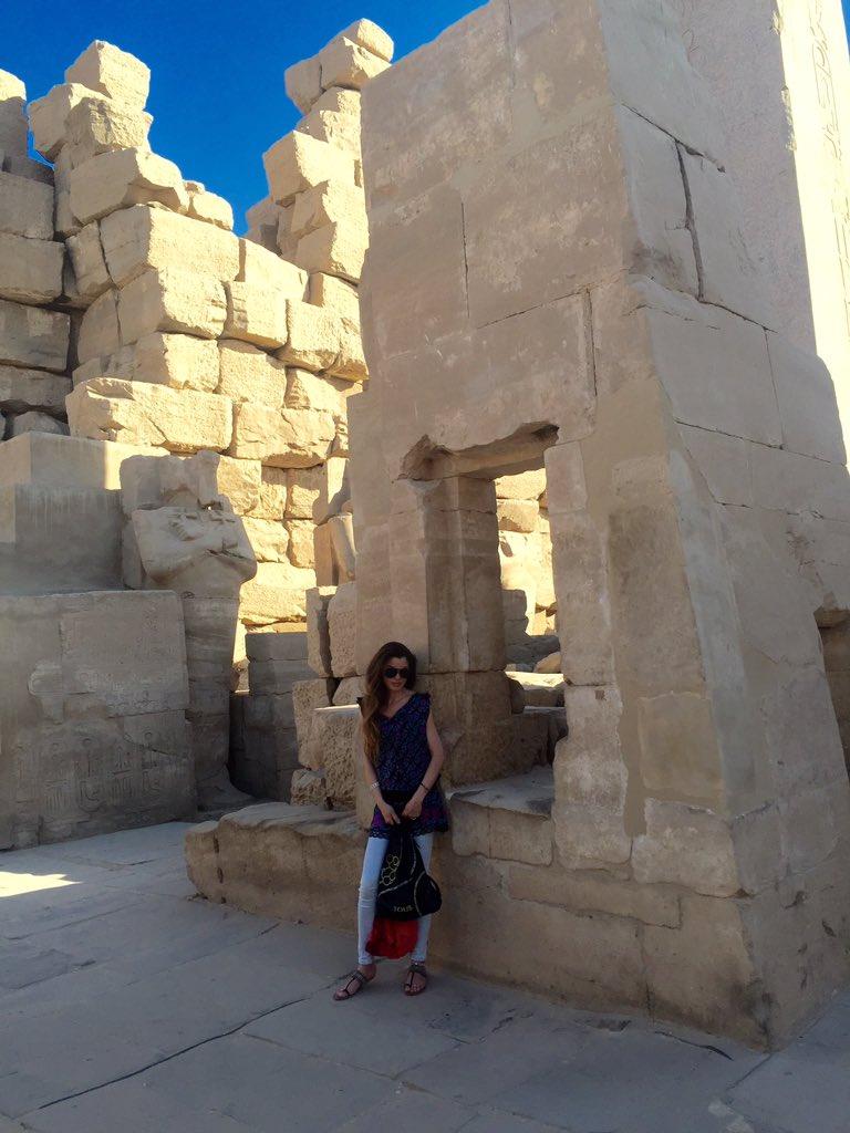 Lúxor. Necrópolis de Tebas: Valle de los Reyes. Templo de la faraona Hatshpsut. Ruinas del Templo Amonofis III y los Colosos de Memnon. Templo Karnak y Luxor.
