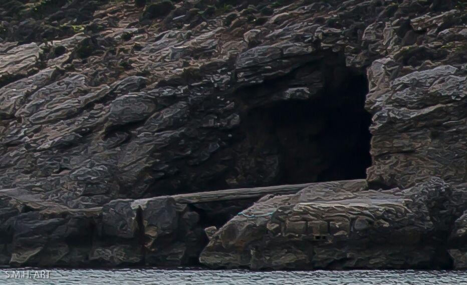 Isla Comino. Malta. Gruta Marina.