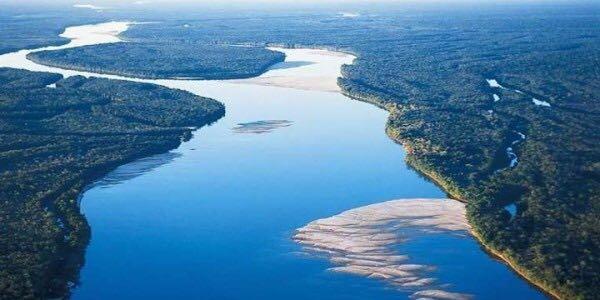 Egipto El Espíritu Del Río Nilo El Dios Amón Ra Creó Aquel Espacio
