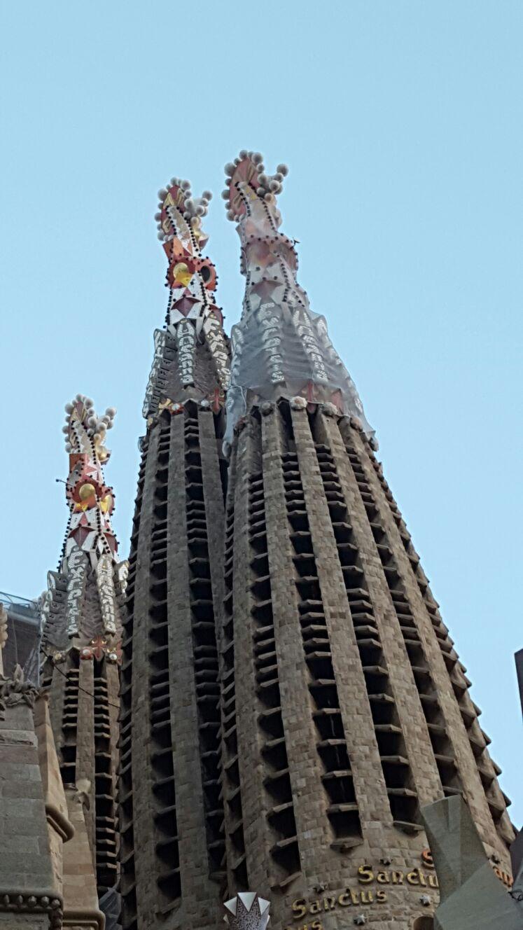 El Templo se eleva al Cielo...