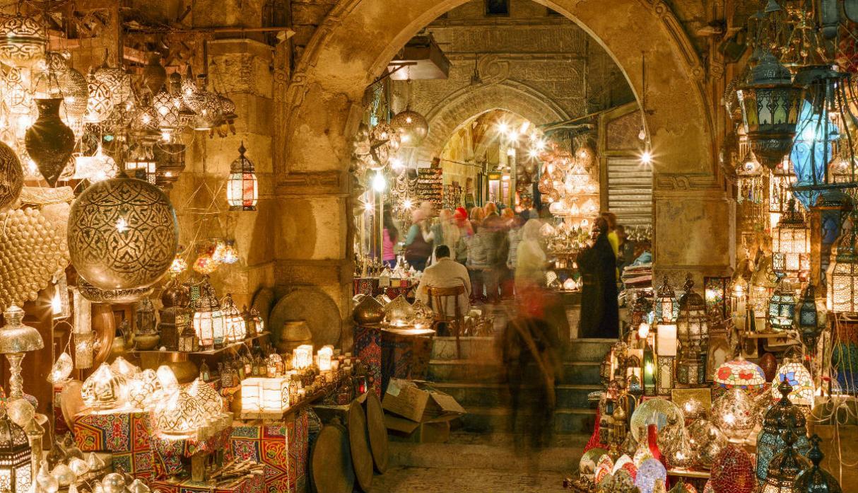 El Cairo Y El Gran Bazar Khan Al Khalili Son Parte Del