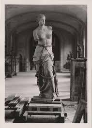 Durante la Segunda Guerra Mundial la Venus fue escondida y en su lugar dejaron una réplica