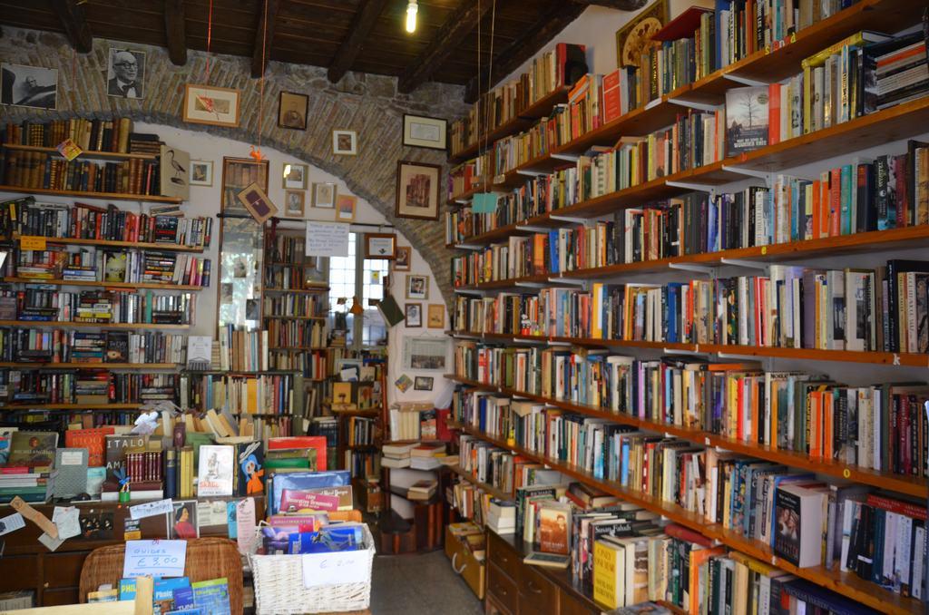 Las librerías del barrio Trastėvere...son esencia de la ciudad