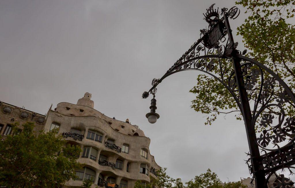 La Pedrera vista desde Passeig d Gracia