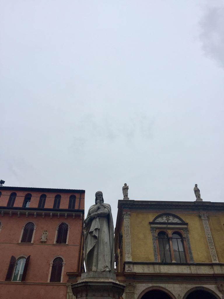 Dante mencionó en la Divina Comedia a los amantes de Verona...