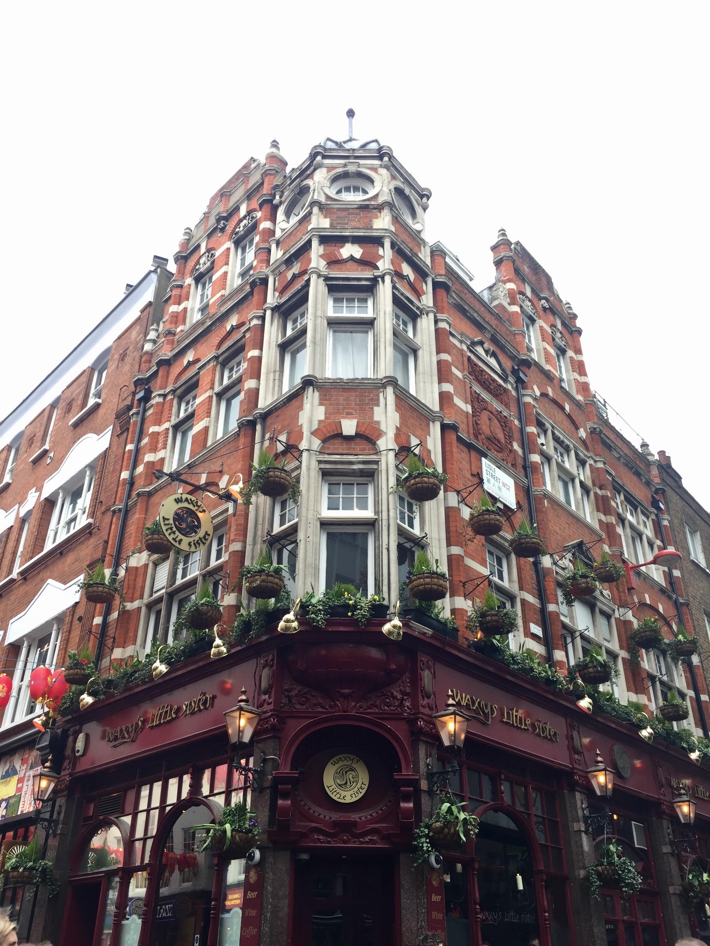 Su arquitectura victoriana...