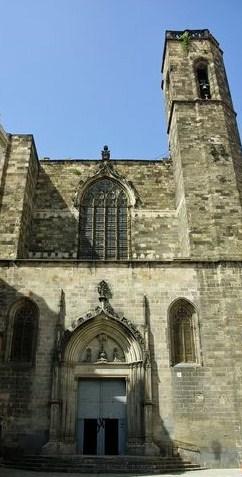 Basílica de Sants Just i Pastor, en su campanario...