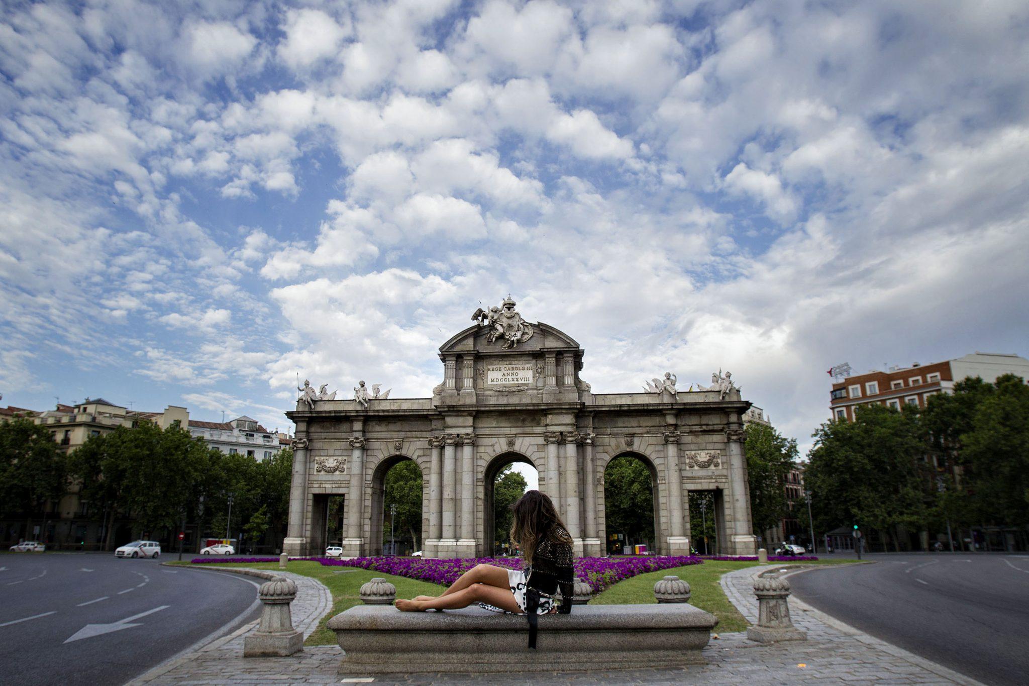 Al llegar a la Puerta de Alcalá...