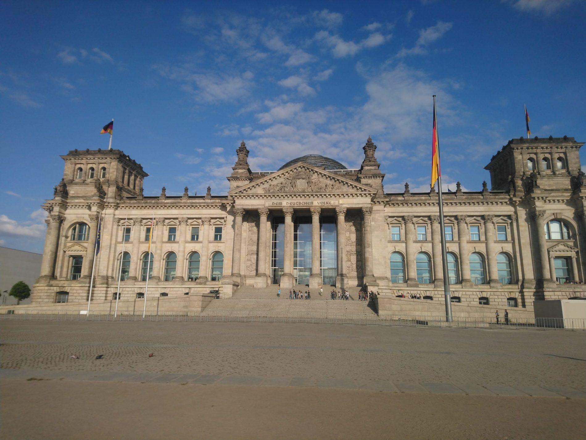 El Parlamento. Su cúpula es uno de los símbolos de Berlín