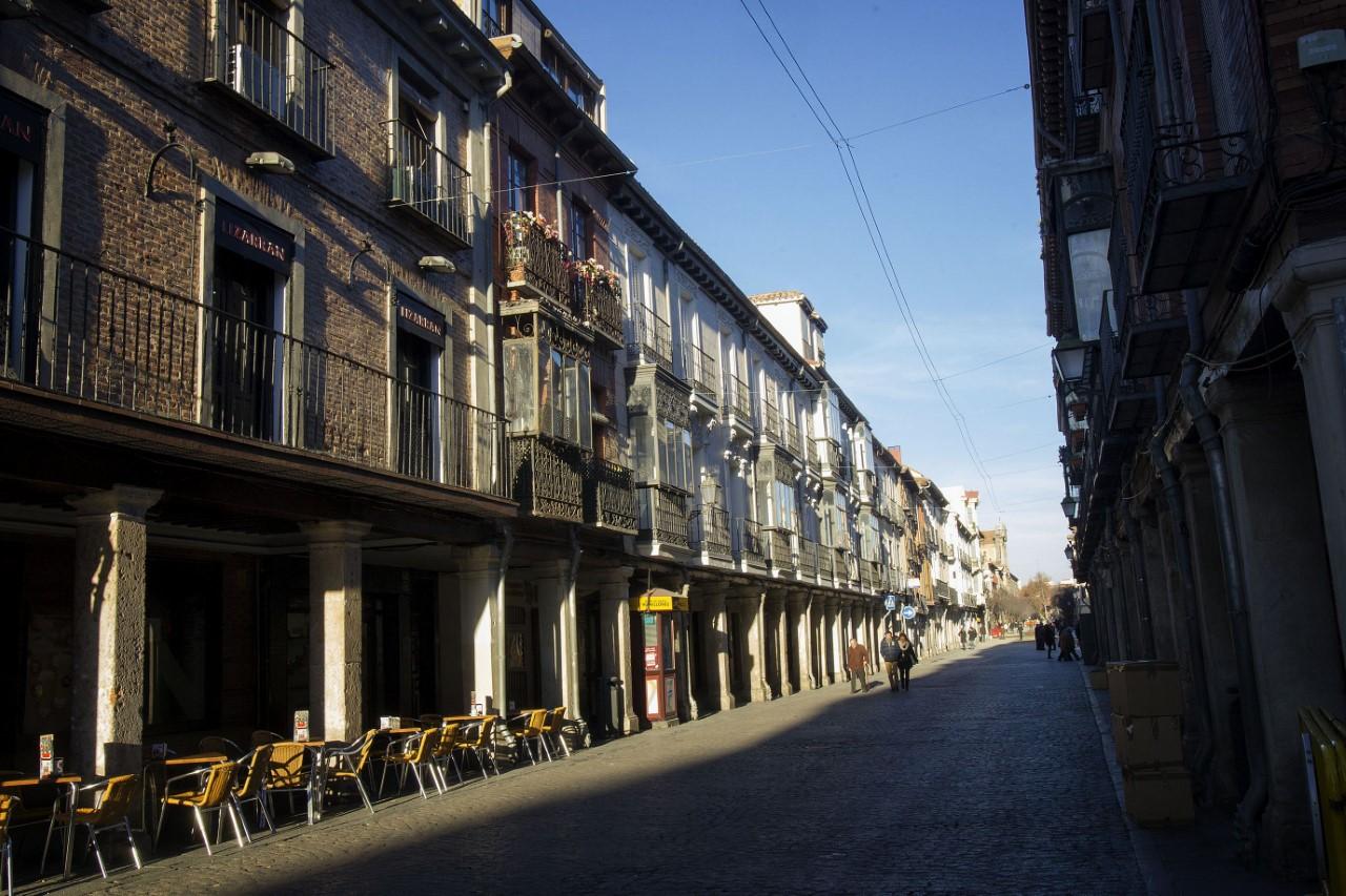 Es la calle soportalada más larga de Europa